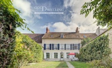 3167 - Vente Maison - 8 pièces - 270 m² - Milly-la-Forêt (91) - Mairie