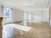 3126 - Location Appartement - 4 pièces - 179 m² - Paris (75) - Palais Royal