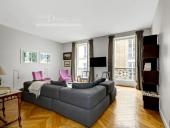 3259 - Location Appartement - 5 pièces - 121 m² - Paris (75) - Rue de Lille / Rue des Saints-Pères