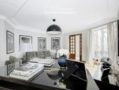 3278 - Location Appartement - 4 pièces - 141 m² - Paris (75) - Champs Elysées