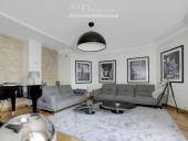 3280 - Location Appartement - 4 pièces - 141 m² - Paris (75) - Champs-Elysées