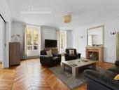3281 - Location Appartement - 4 pièces - 120 m² - Paris (75) - Invalides