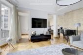 3329 - Location Appartement - 4 pièces - 141 m² - Paris (75) - Champs-Elysées